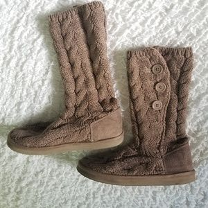 Cable knit mocha brown boots size 8 Old Navy